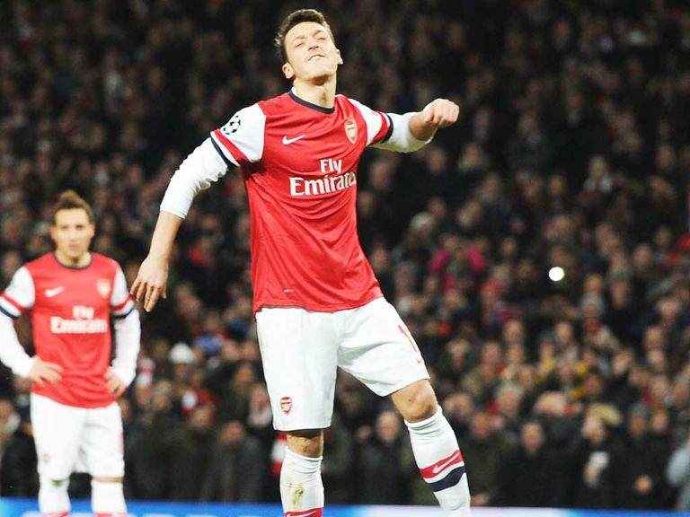 Mesut Ozil: Has Arsene Wenger's support