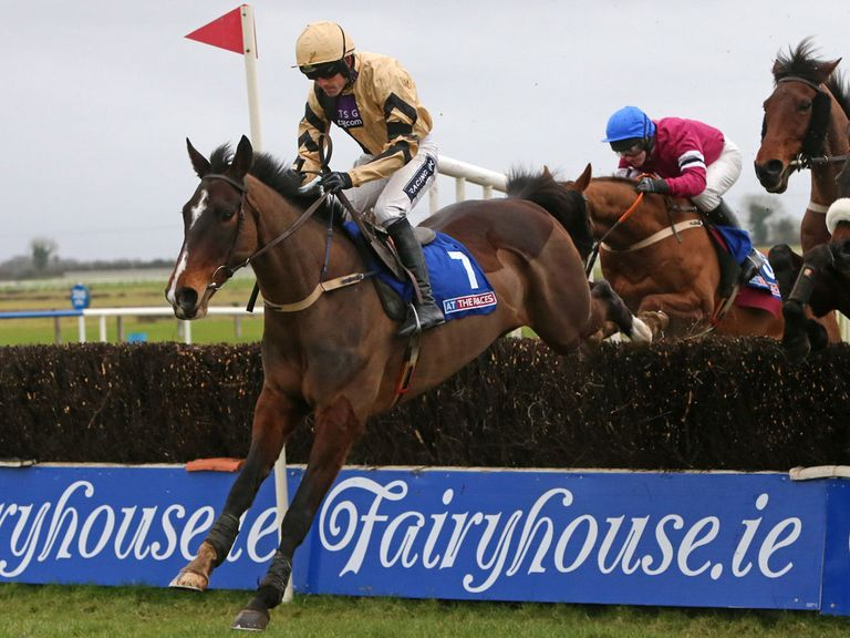 On His Own: Well backed in the feature Gold Cup