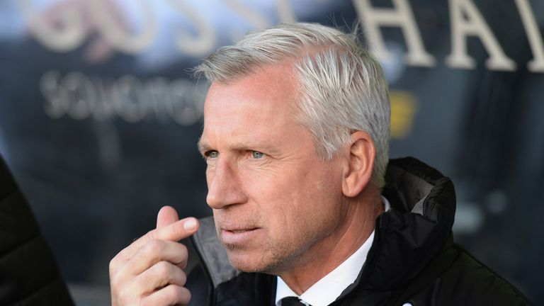 Alan Pardew: Aware some of the Newcastle fans want him out