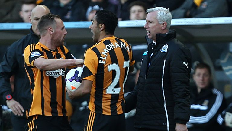 Pardew: pundits say he faces big trouble after headbutt on Hull player