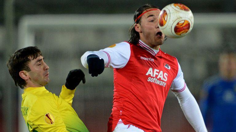Nemanja Gudelj (r): Vies with Anzhi's Karlen Mkrtchyan