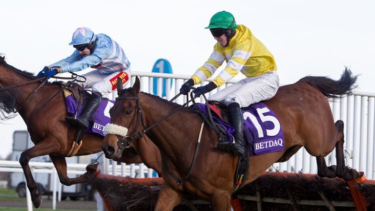 Carole's Destrier on his way to victory at Kempton on Saturday