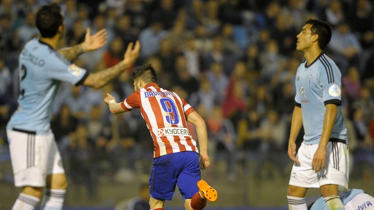 Atletico Madrid's David Villa celebrates his second goal