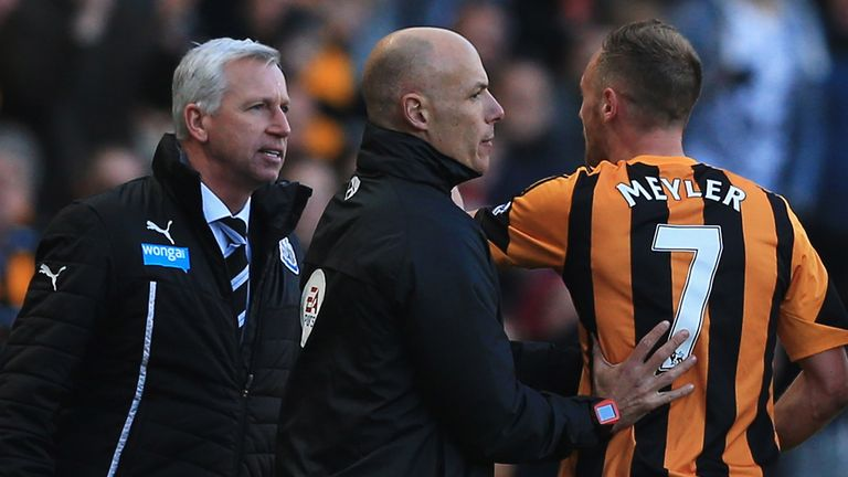 Alan Pardew: Newcastle boss clashes with David Meyler at the KC Stadium