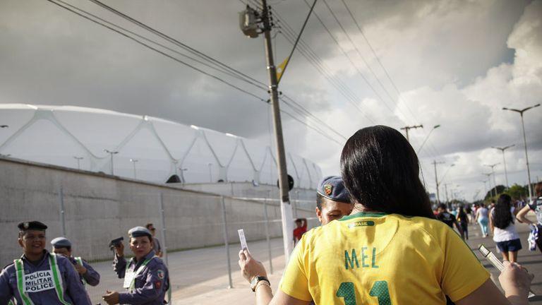 Arena da Amazonia hosts its first match