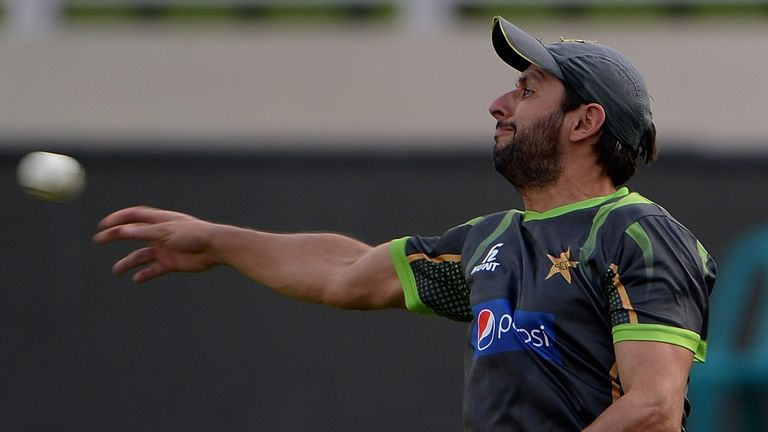Shahid Afridi: Considering quitting ODIs after the 2015 World Cup