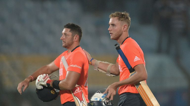 Stuart Broad (R): Says AB de Villiers' knock proved to be the difference