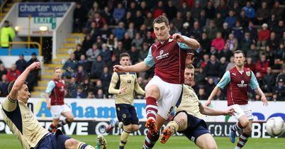 Burnley recover to beat Leeds