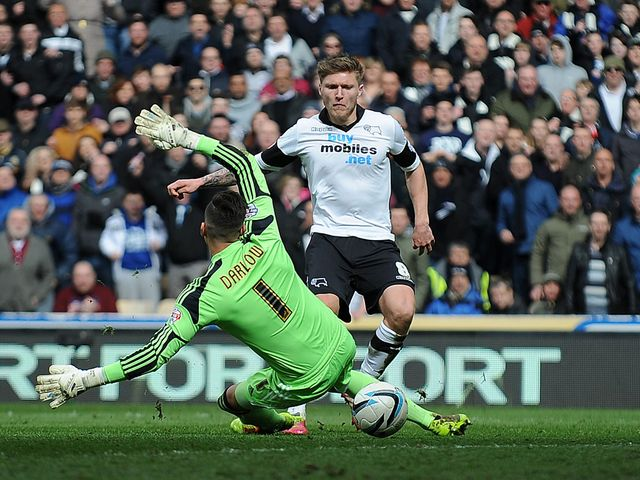 Jeff Hendrick scores for Derby