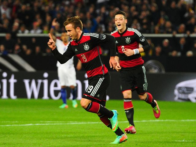 Mario Gotze celebrates his goal