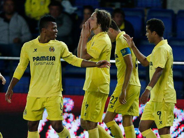 Villarreal's midfielder Tomas Pina celebrates