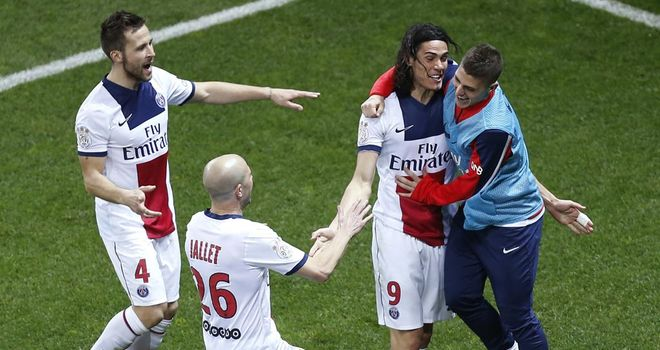 Edinson Cavani and PSG celebrate their winning goal