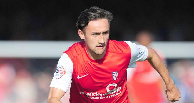 Ryan Brobbel: Loaned to Hartlepool