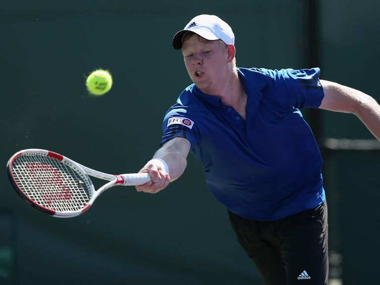 Kyle Edmund on his way to defeat against Benneteau