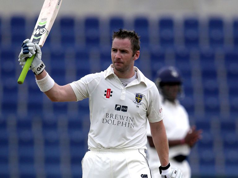 Mark Stoneman: Century for Durham