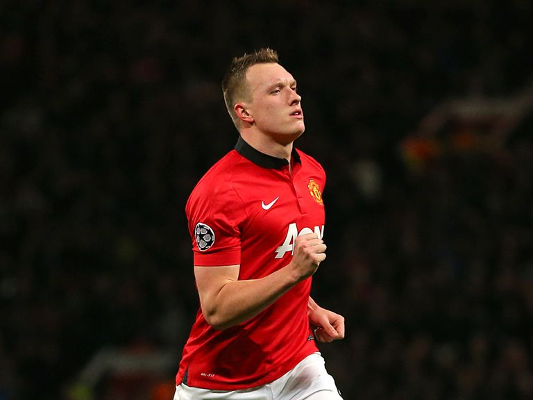 Phil Jones: Felt United players were behind Moyes