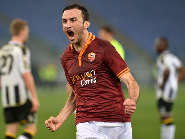 Roma's Greek defender Vasilis Torosidis celebrates