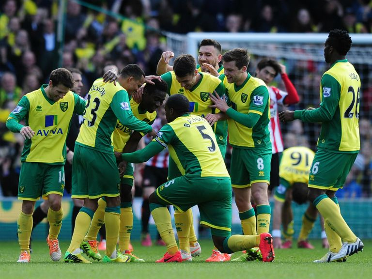 Norwich can celebrate a 3-0 victory