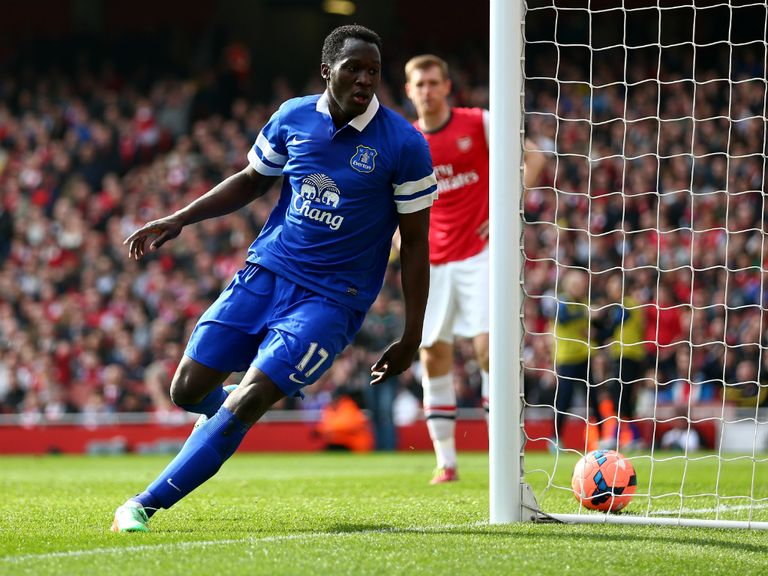 Romelu Lukaku and Everton face Arsenal on Super Sunday