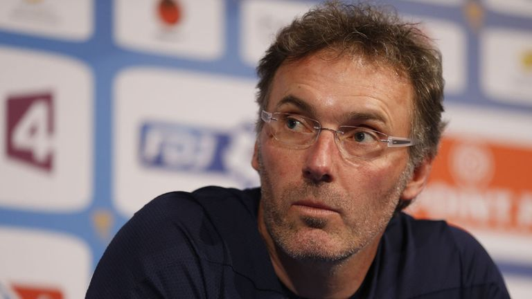 Laurent Blanc: Happy with Edinson Cavani