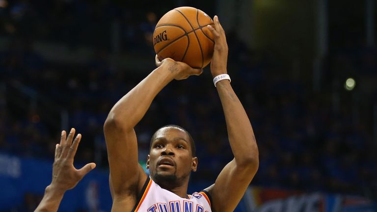 Kevin Durant: Scored 33 points against Memphis