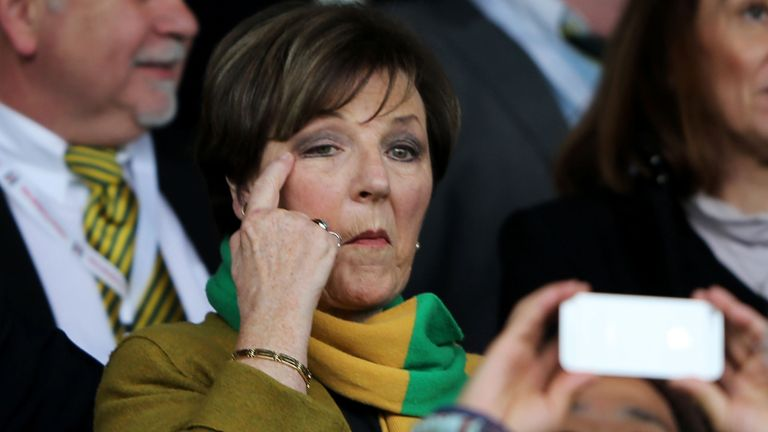 Can Delia Smith's beloved Canaries end their away woes at Stamford Bridge?