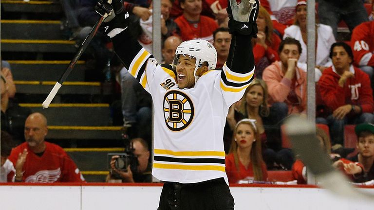 Boston Bruins: Sealed place in semi-finals