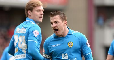 Ross earns Leeds derby spoils