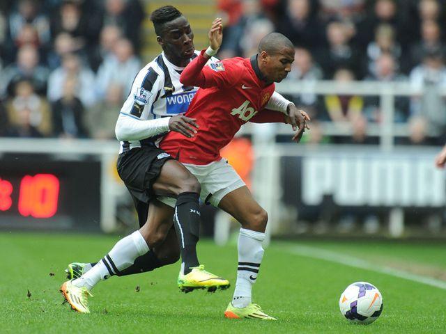 Haidara puts Young under pressure