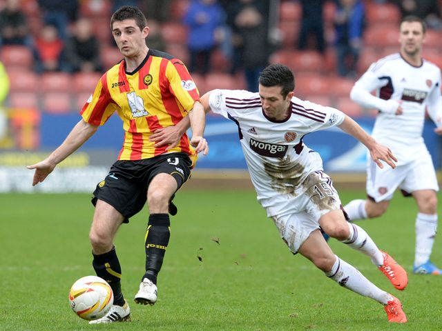 Jason Holt closes down Kris Doolan