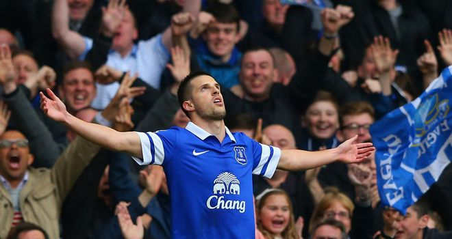 Kevin Mirallas: Doubled Everton's lead shortly before half-time