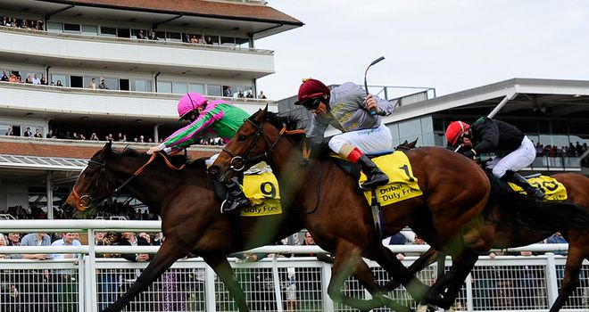 J Wonder beats Al Thakhira at Newbury to stake her 1000 Guineas claim