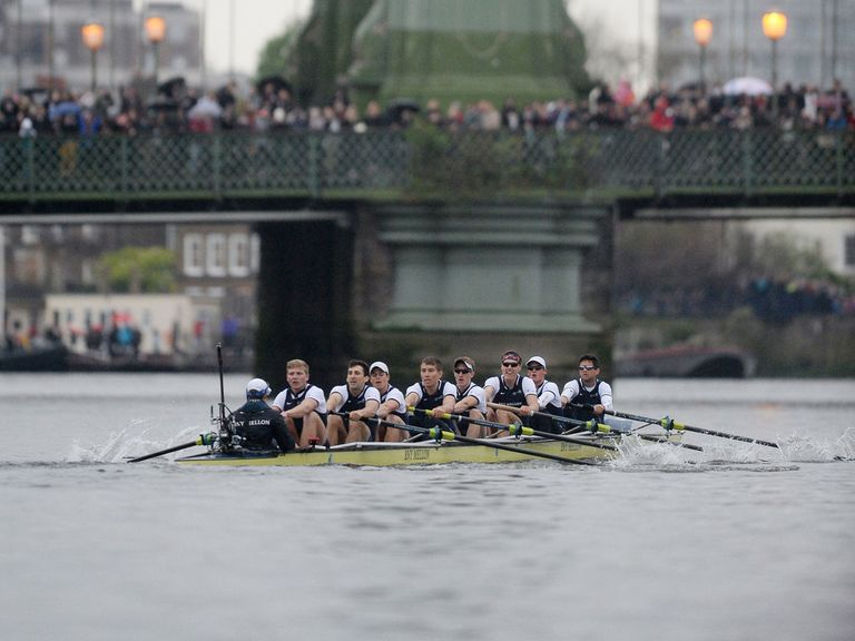 Oxford win the 2014 boat ace
