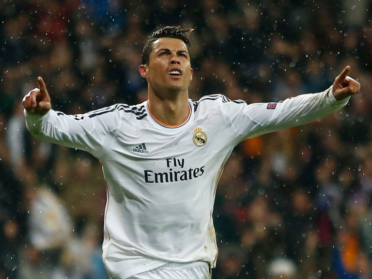 Cristiano Ronaldo: Has a hamstring injury