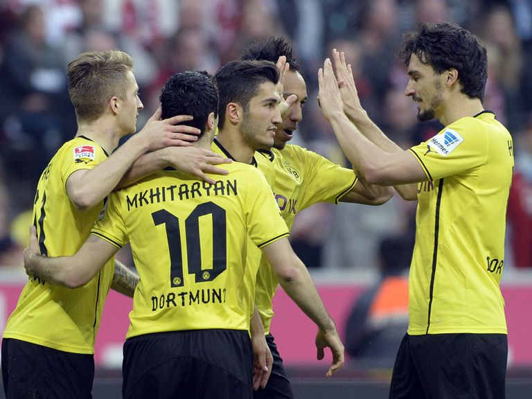 Borussia Dortmund eased to a 3-0 win at Bayern Munich