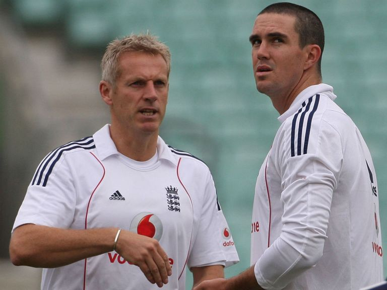 Peter Moores and Kevin Pietersen in 2008