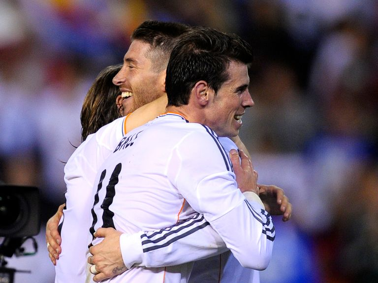 Gareth Bale celebrates with Sergio Ramos