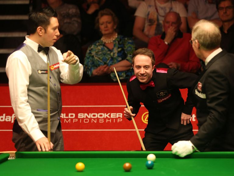 Dominic Dale in action against Michael Wasley