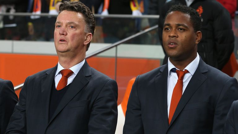 Patrick Kluivert (r): Part of Louis van Gaal's coaching team at World Cup