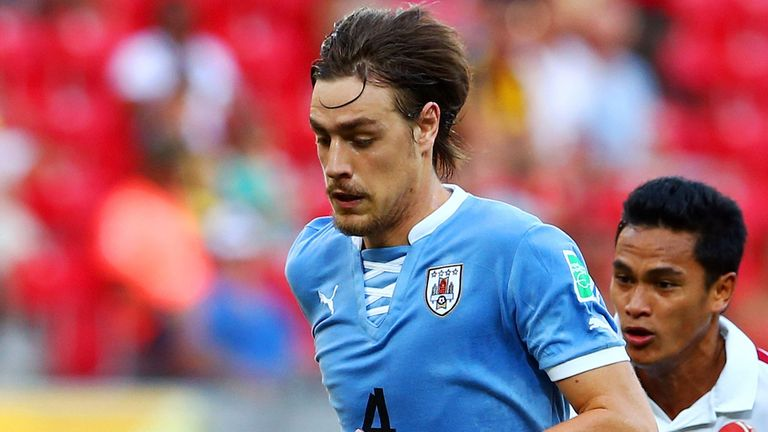 Sebastian Coates: On the verge of completing a one-year loan deal to the Stadium of Light