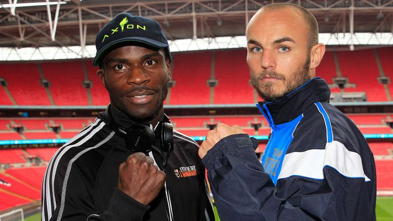 Ghislain Maduma (l): Puts unbeaten record on the line against Kevin Mitchell (photo by Lawrence Lustig)