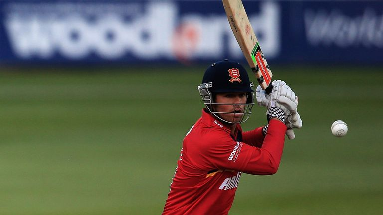Ben Foakes to join Surrey from Essex at the end of the season.