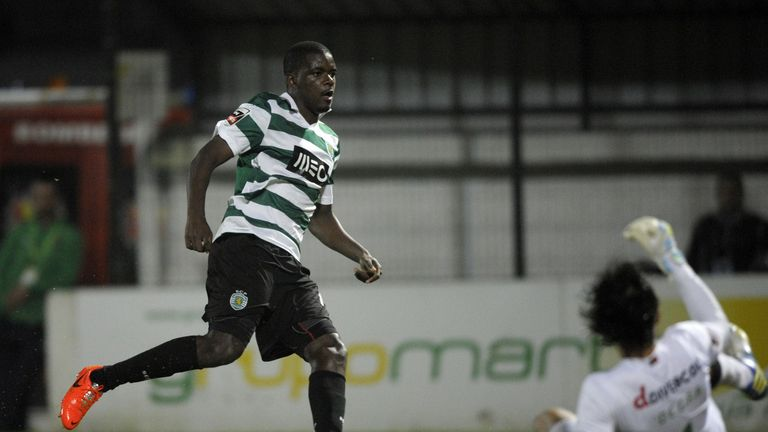 William Carvalho: Happy at Sporting