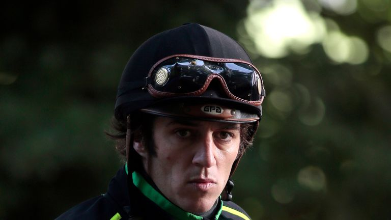 Christophe Soumillon rode Zarshana