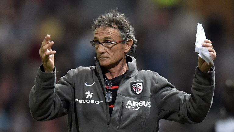 Top 14 toulouse coach guy noves confident his side can for Interieur sport guy noves