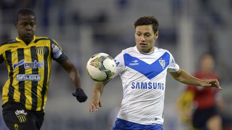 Mauro Zarate: Poised to complete move