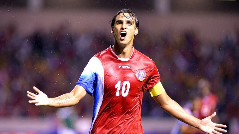 Bryan Ruiz: Fulham midfielder is Costa Rica's captain