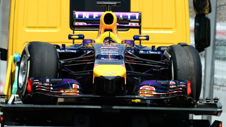 Replacement gearbox: Sebastian Vettel's Red Bull broke down in qualifying