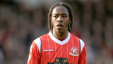 Romaine Sawyers on target for Walsall