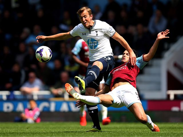 Harry Kane takes on James Tomkins
